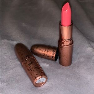Mac lipstick BRAND NEW